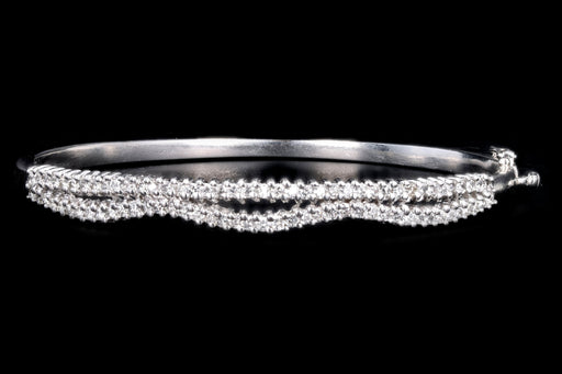 Modern 14K White Gold 1.50 Carat Round Brilliant Diamond Bangle - Queen May