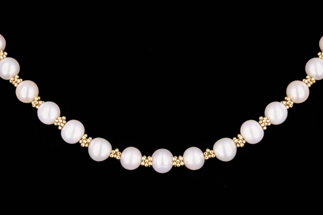 Modern 14K Yellow Gold Pearl Necklace - Queen May