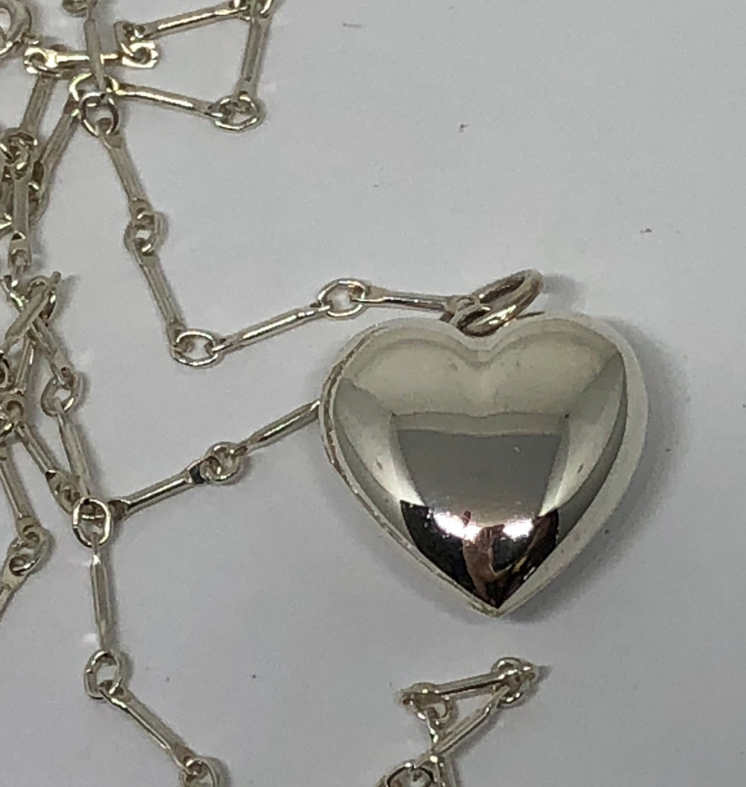 "Tiffany & Co Sterling Silver Puffed Heart Necklace 18"" - Queen May"