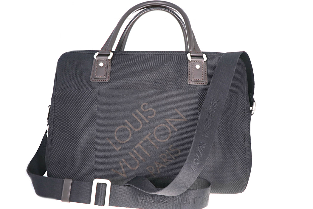 Louis Vuitton Damier Geant Associe PM - Queen May