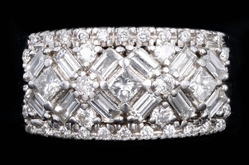 Modern 18K White Gold 2 Carat Diamond Cluster Ring - Queen May