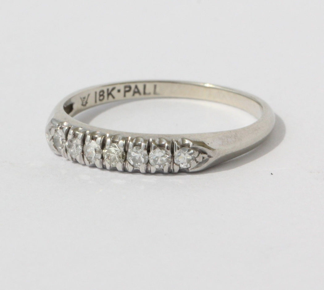 Antique 18K White Gold & Palladium Diamond Wedding Band Ring Signed - Queen May