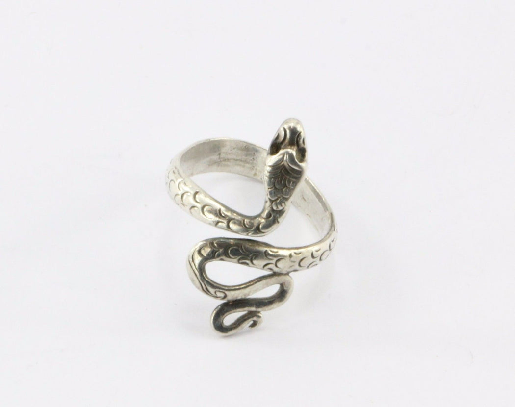 Vintage Sterling Silver Figural Adjustable Snake Ring - Queen May