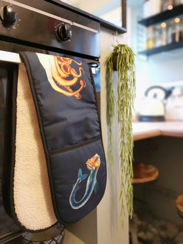 navy oven gloves