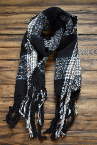 Brushed Fuzzy Plaid Scarf, Black/Grey