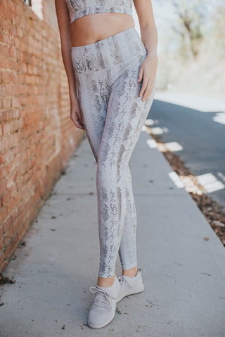 Snake Print Highwaist Leggings, White Multi