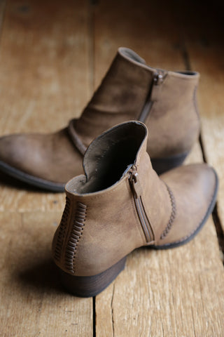 Chastity Boot, Tan | Rebels