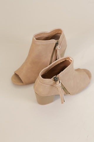 Clyde Peep Toe Boot, Camel
