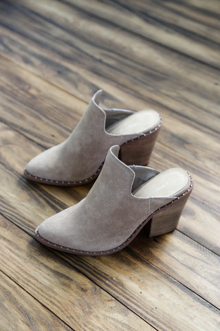 Springfield Suede Mule, Taupe | Chinese Laundry