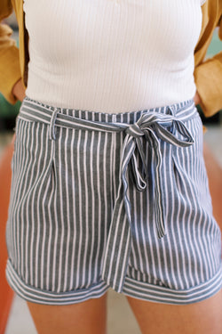 Seaside Striped Short, Grey/White | Summer Wear