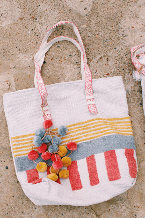 Canyon Sunset Tote Bag, Coral/Cream