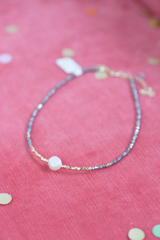 Beaded Choker w/Three Pearls, Blush