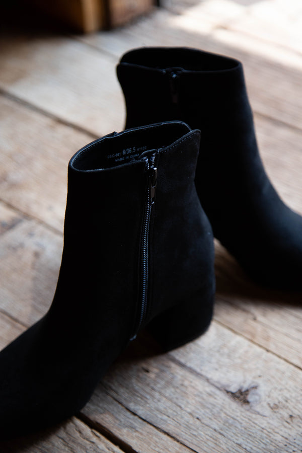 Davina Short Boot, Black | Chinese Laundry