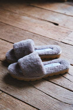 Rally Faux Fur Slipper, Taupe | Chinese Laundry