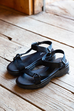 Catch Strappy Sandal, Black