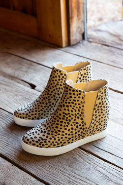 Aspen Hidden Wedge Sneaker, Light Leopard
