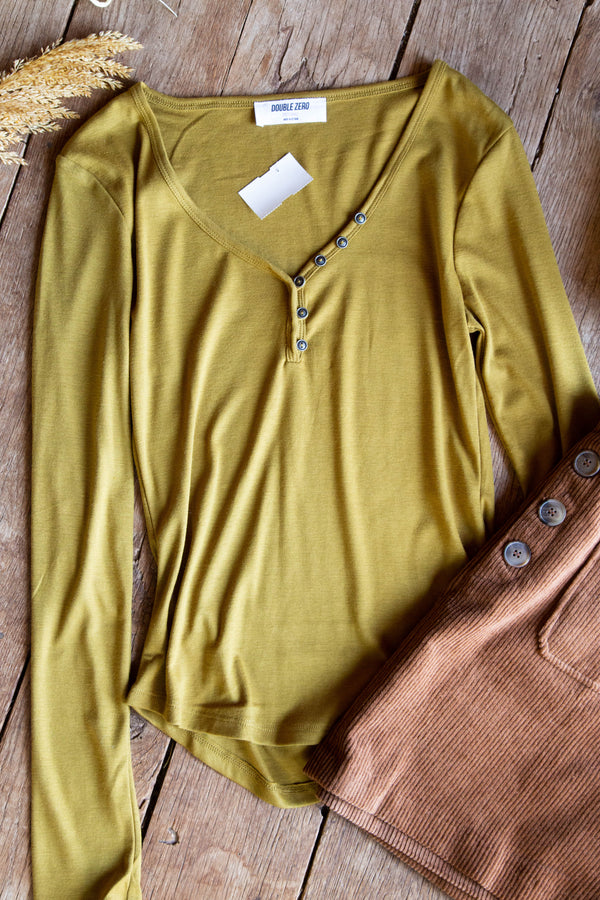 Ida Button Neck L/S Tee, Ecru Olive