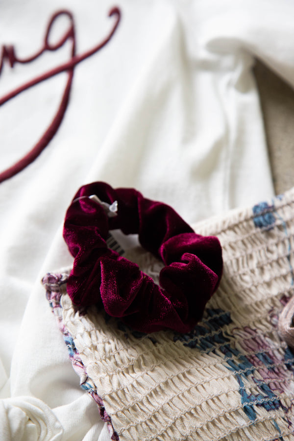 Velvet Scrunchie, Burgundy