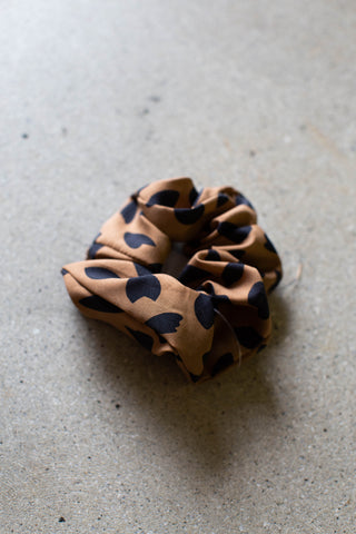 Poly Blend Scrunchie Hair Tie, Leopard