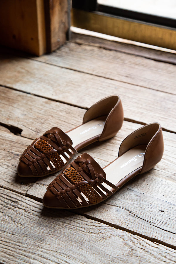 Elina Woven Front Flat, Rich Brown | CL by Laundry