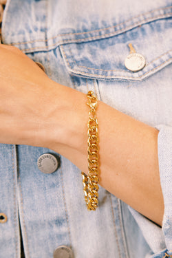 How Perfect Metal Chain Bracelet, Gold