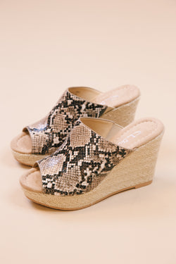Billions Snake Jute Wedge Sandals, Snake Beige | CL by Laundry