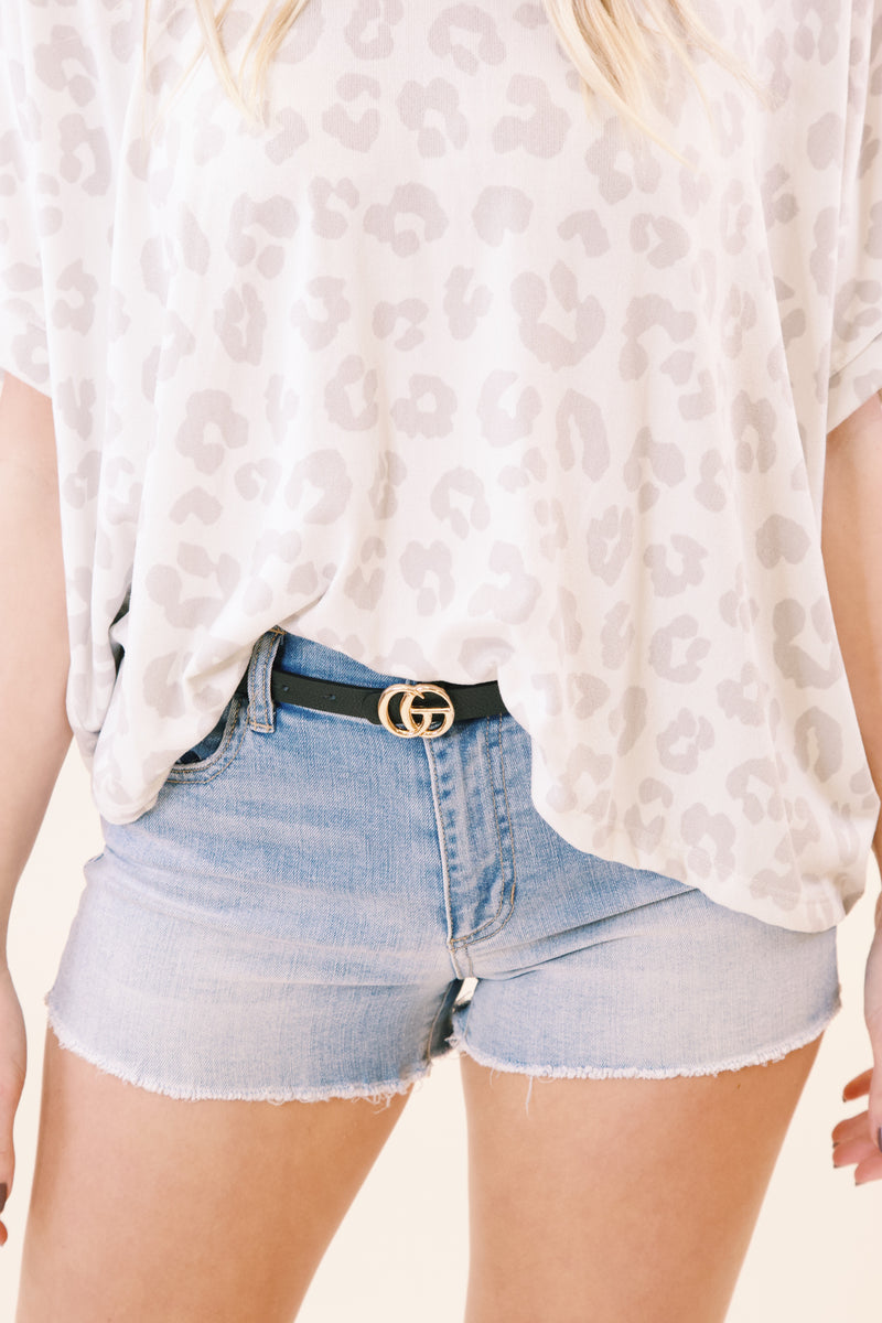 Mid Rise Cut-Off Short, Light Denim