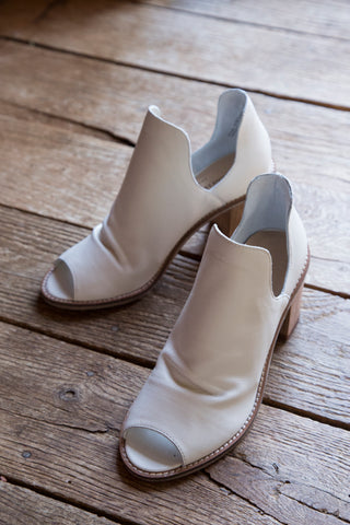 Carlita Peep Toe Boot, White | Chinese Laundry