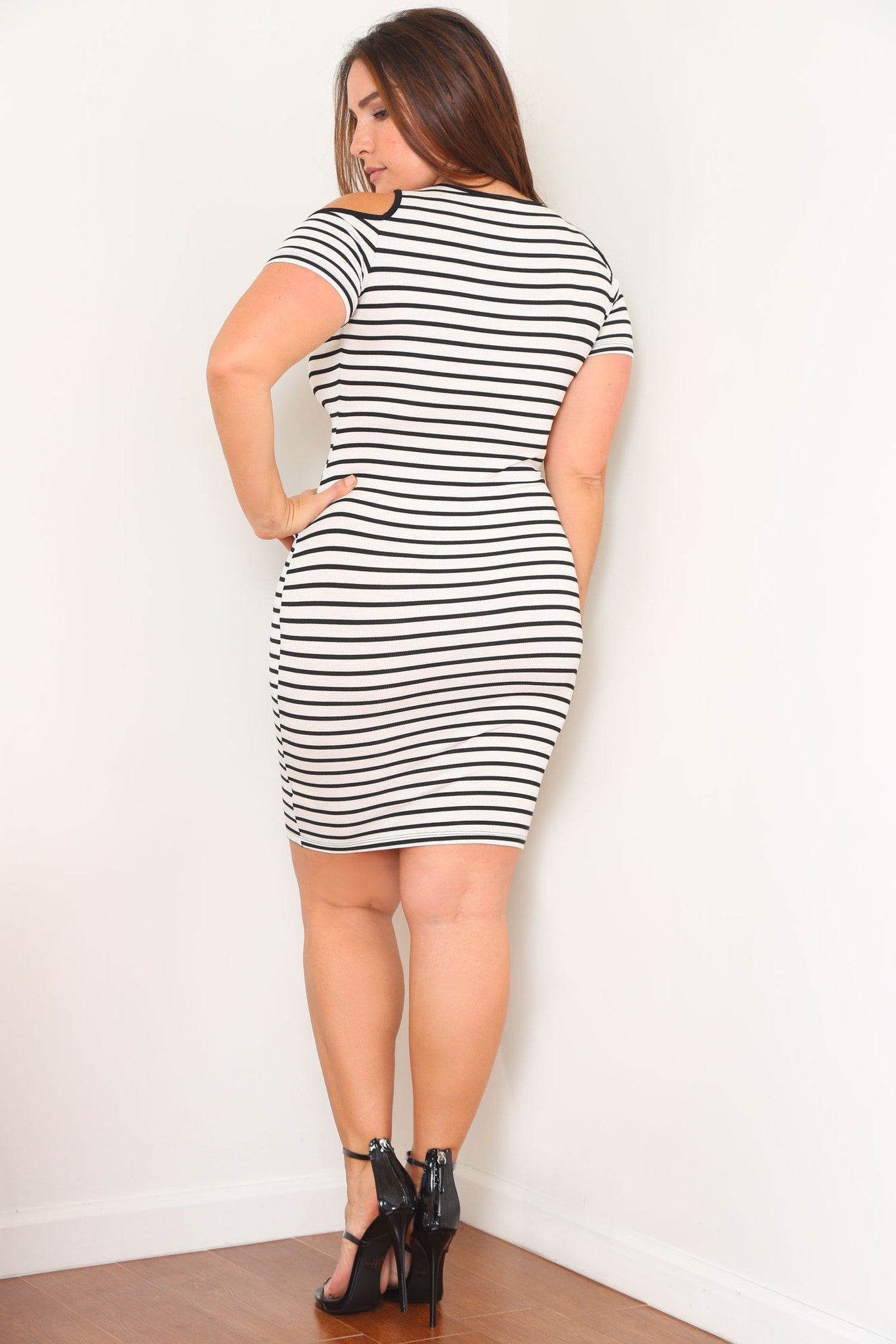 SAVANNAH DRESS - Glam Envy - 3