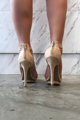 STEP ABOVE HEELS - Glam Envy - 2