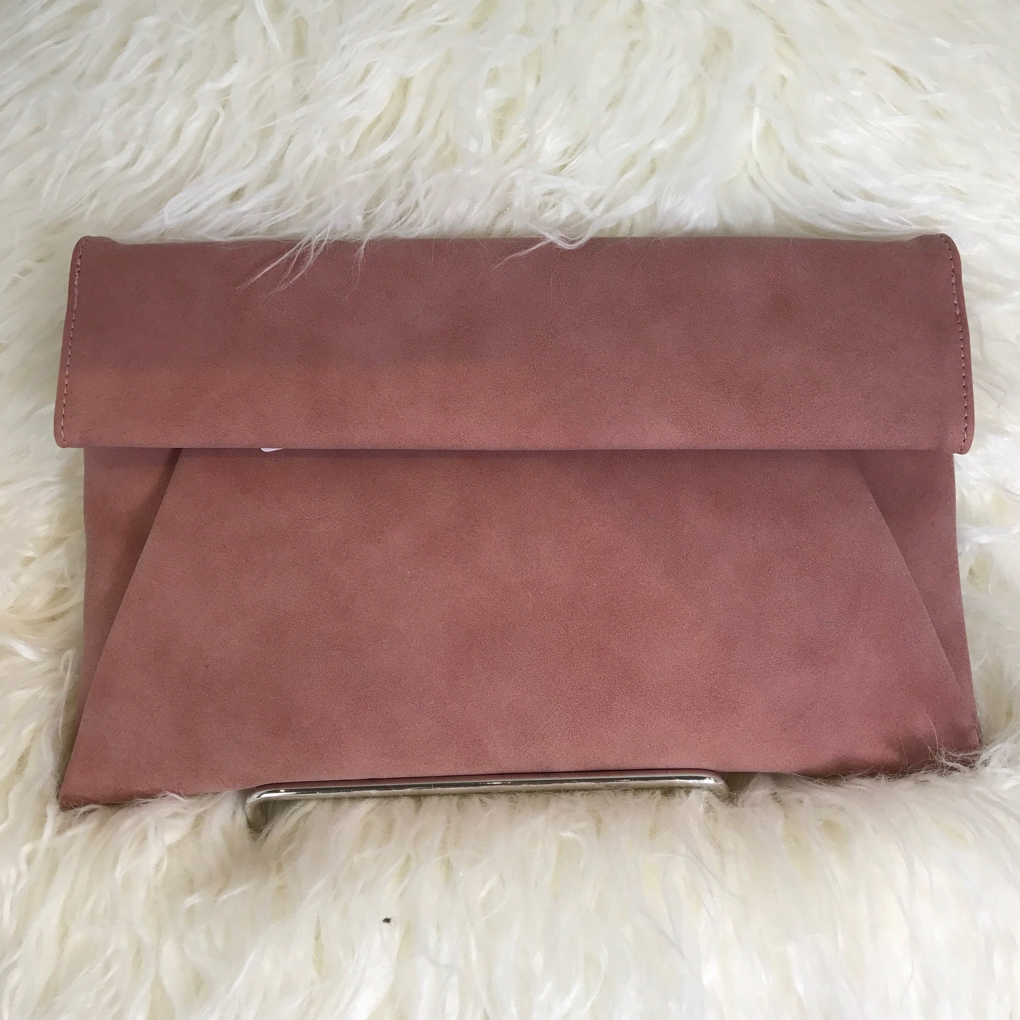 MAUVE ROLLED FLAP CLUTCH - Glam Envy - 2