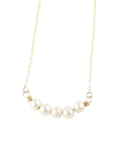 Pearly White Necklace