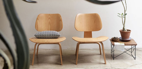 CW Eames lounge chair (Plywood Group) – design Charles & Ray Eames, 1945/46 Visit