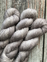 Tumnus Tweed Merino - Manifested