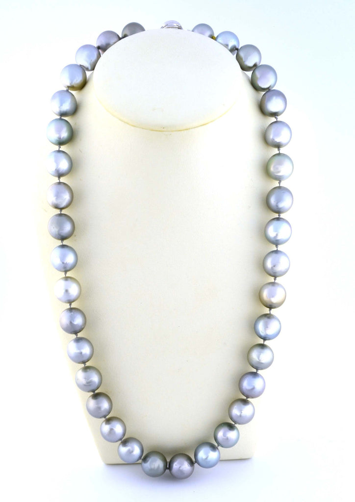 N-106 Tahitian Pearl Necklace