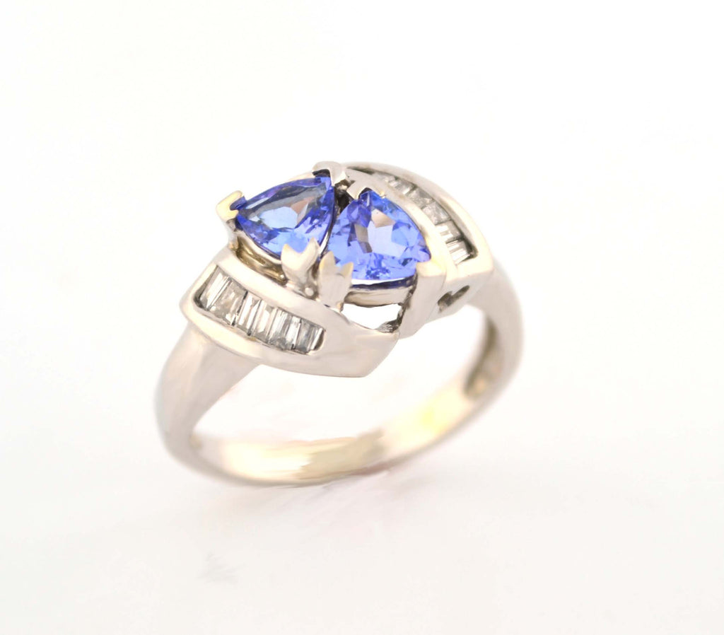 R-070 Tanzanite & Diamond Ring