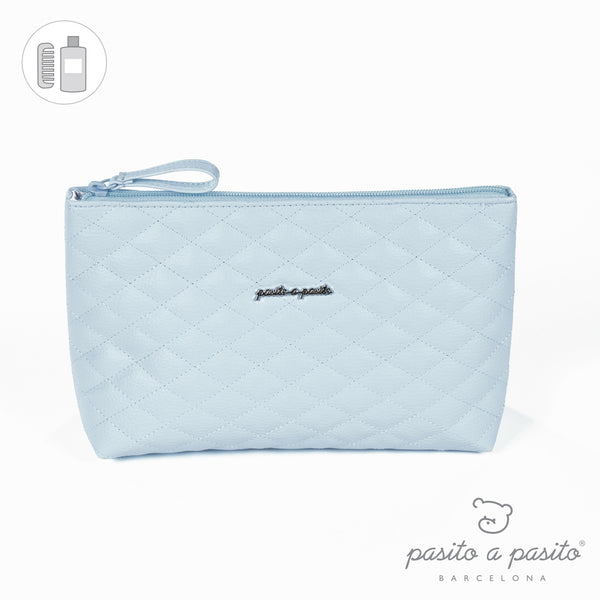 Pasito a Pasito Blue Quilted Toiletry Bag
