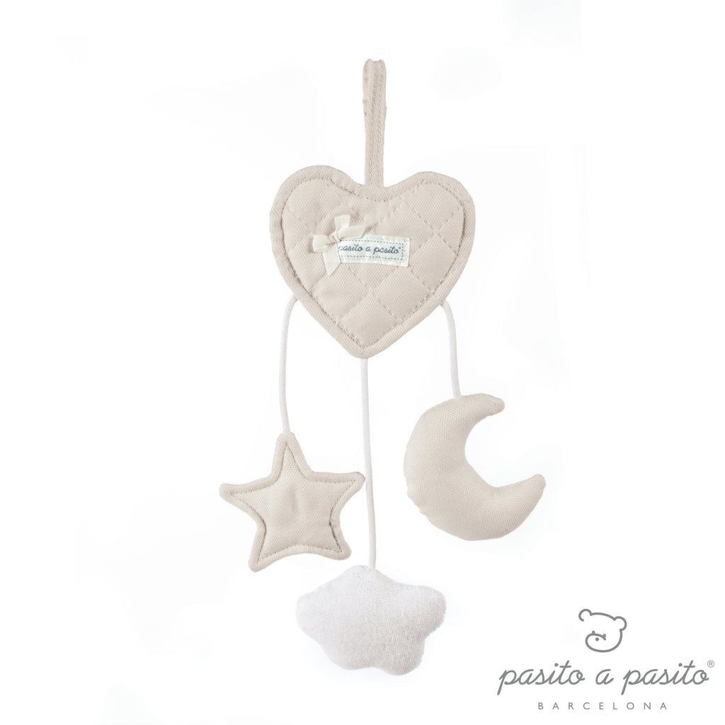Pasito a Pasito Oxford Camel Heart Rattle