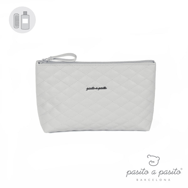 Pasito a Pasito Grey Quilted Toiletry Bag