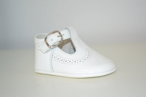 Andanines White Patent Pram Shoes - Liquorice Kids