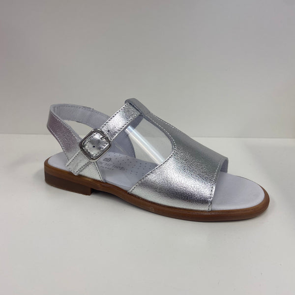 Andanines Silver Leather Sandals
