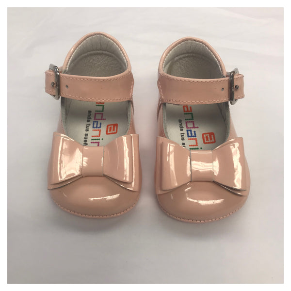 Andanines Pink Patent Bow Pram Shoe