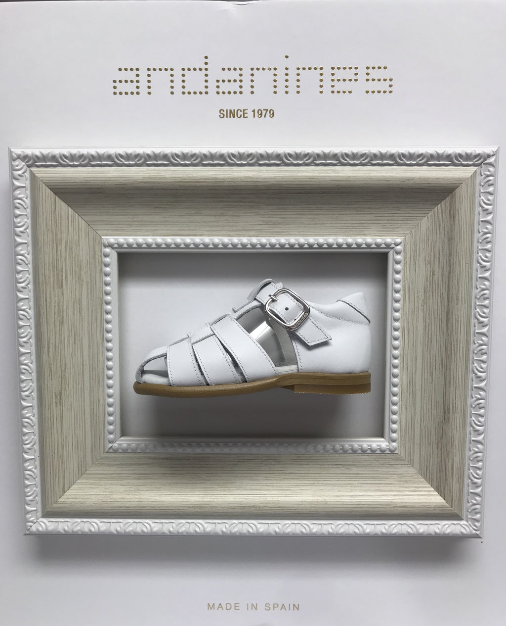 Andanines White Leather Sandals