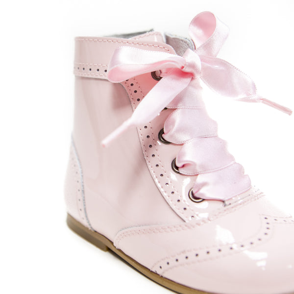 Andanines Girls Baby Pink Victorian Patent Boots