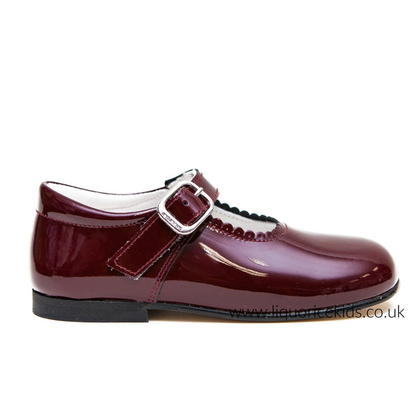313803f0579 Andanines Girls Burgundy Patent Mary Janes With Scallop Edging. - Liquorice  Kids