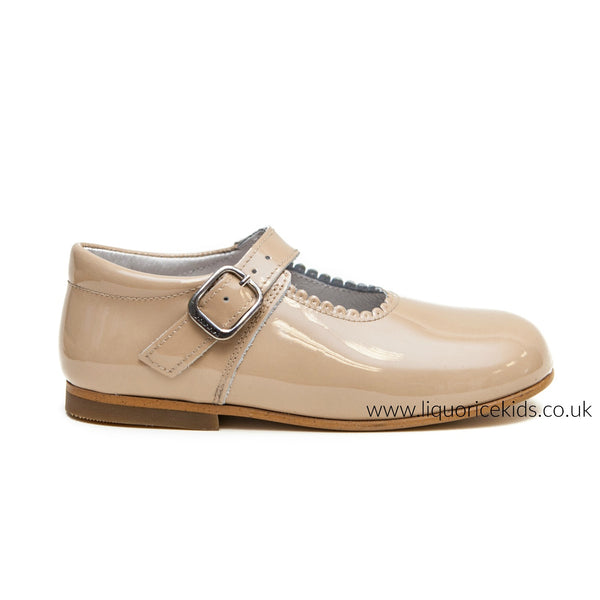 96cfc2d740e Andanines Girls Camel Patent Mary Janes With Scallop Edging. - Liquorice  Kids