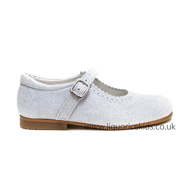 Andanines Girls Pale Silver Glitter Mary Janes With Scallop Edging. - Liquorice Kids