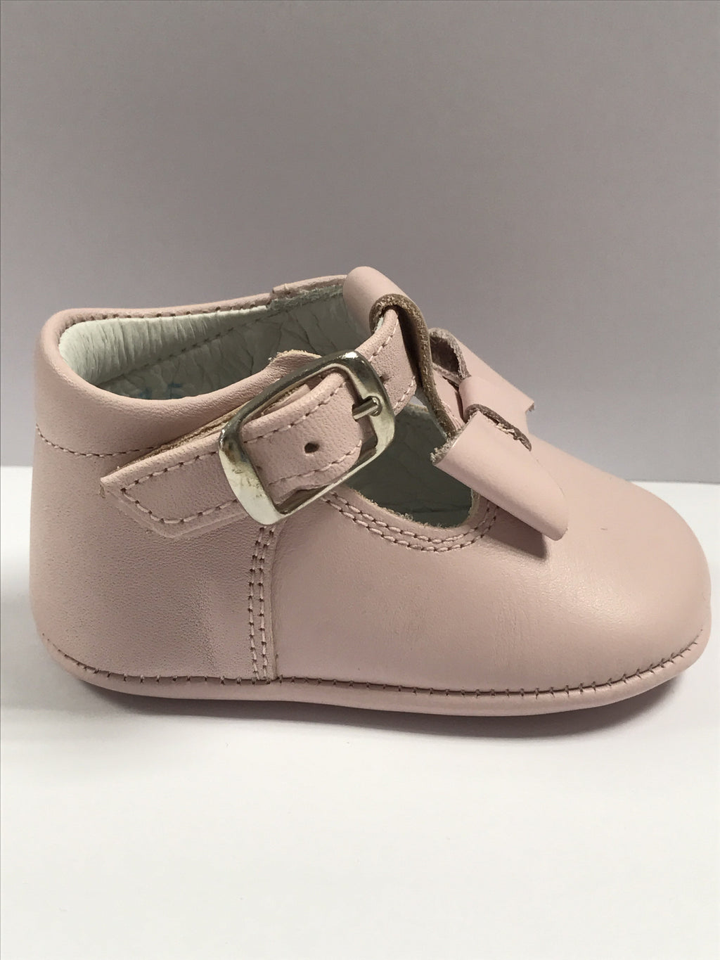 Andanines Pale Pink Leather Bow Pram Shoe - Liquorice Kids
