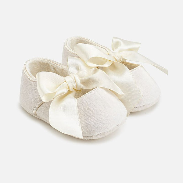 Mayoral Baby Girl Cream Bow Pram Shoes 9930