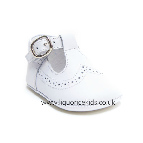 Andanines White Leather Pram Shoes